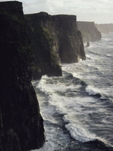 The Waves at the Cliffs of Moher